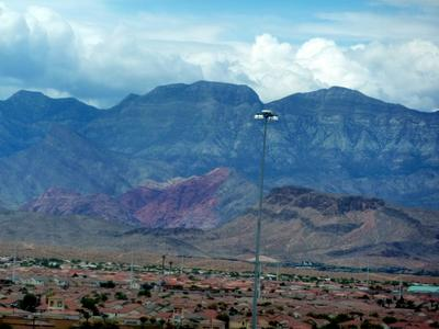 The Vegas Valley and Mountains Majesty!